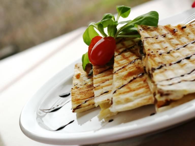 Gastronomía, Confiterías, Panaderías